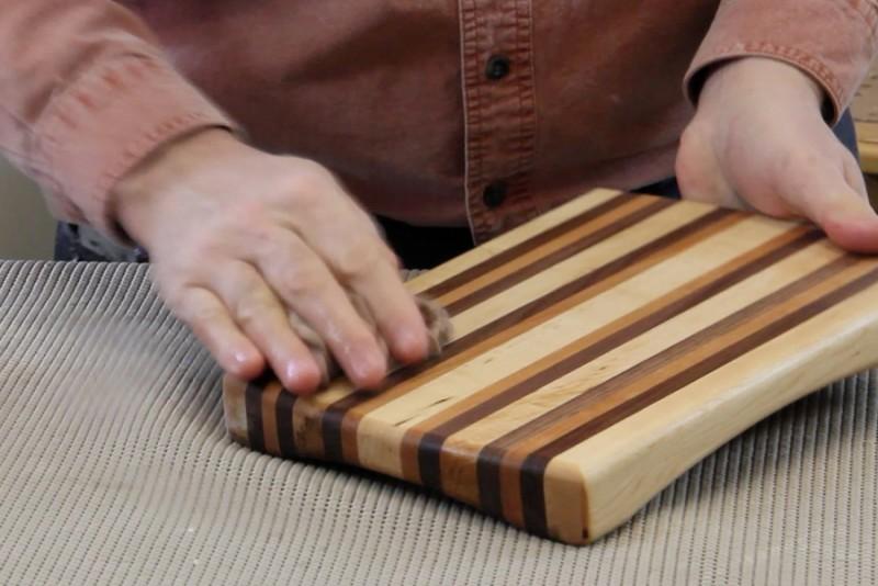 travail du bois et trucs d 39 atelier faire lever le grain du bois bois passions et cie. Black Bedroom Furniture Sets. Home Design Ideas