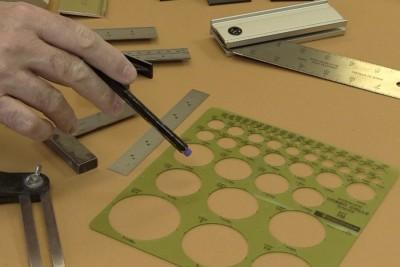 Gabarit de ronds pratique dans l'atelier