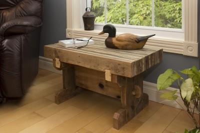 Petite table champêtre - récupération de palettes industrielles