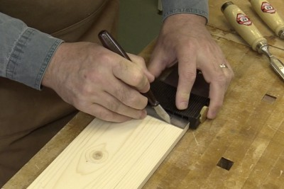 Avantage d'un marqueur tranchant ou couteau à tracer