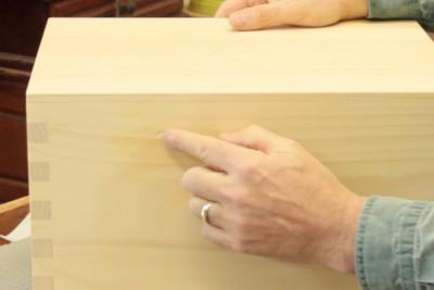 Réparer une marque sur le bois