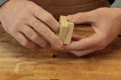 Gluing pieces of wood without clamps