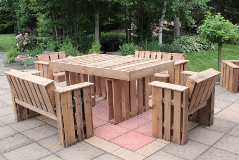 Construire un salon de jardin en palette des id es int ressantes pour la for Fabriquer une petite table de jardin