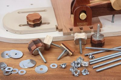 Hardware sets for cutting guides