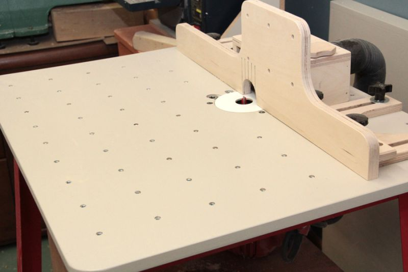 Router table top woodworking atelier online for Router table guide