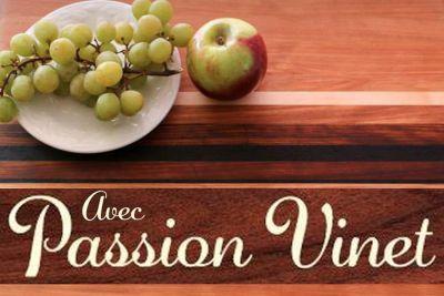 Avec passion Vinet, artisan du bois